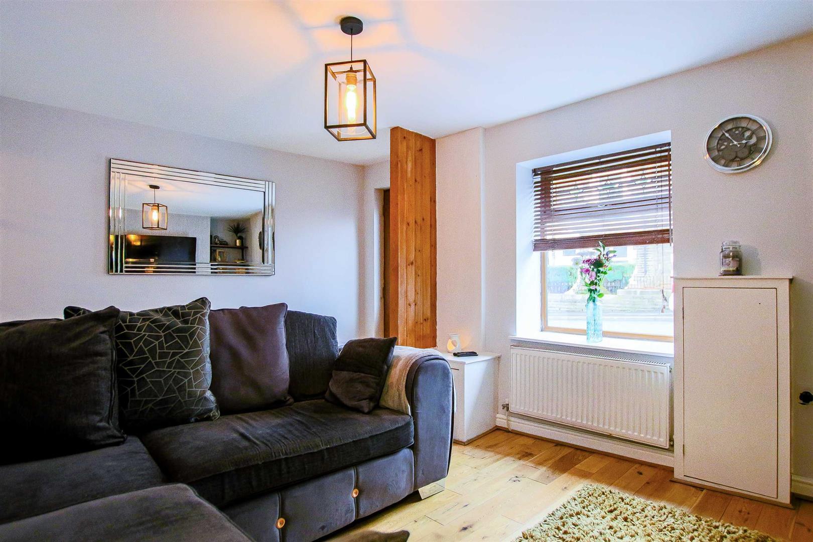 2 Bedroom Terraced Cottage For Sale - Image 25